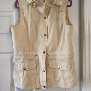 NEW Cream colored lightweight vest w gold accents